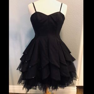 Windsor Black Prom/Cocktail dress
